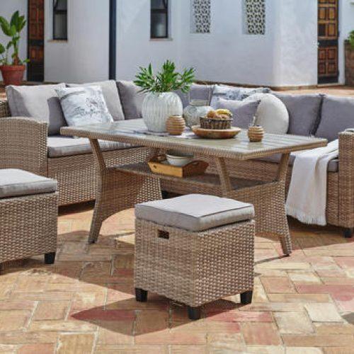 vrtna-lounge-garnitura-svetlo-rjava-pescena-romantika-umetna-masa-tekstil-ambia-garden