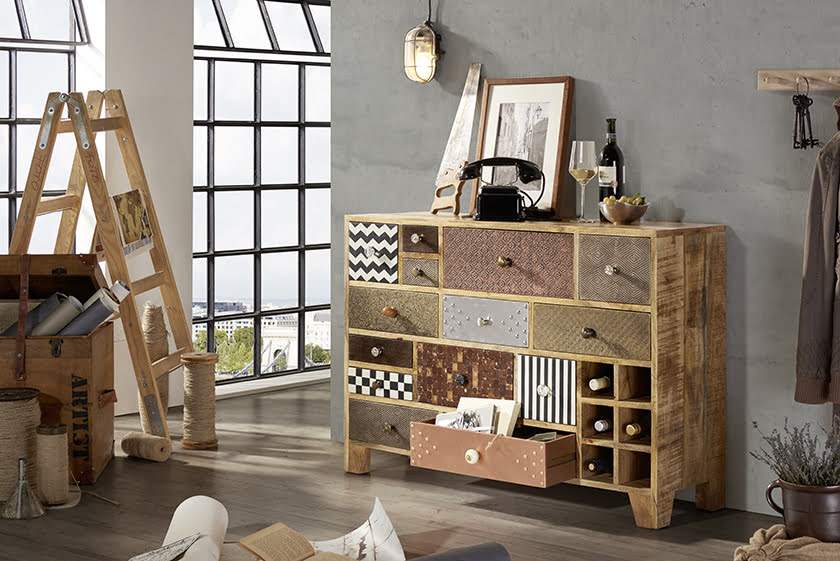 dnevna soba lesena komoda