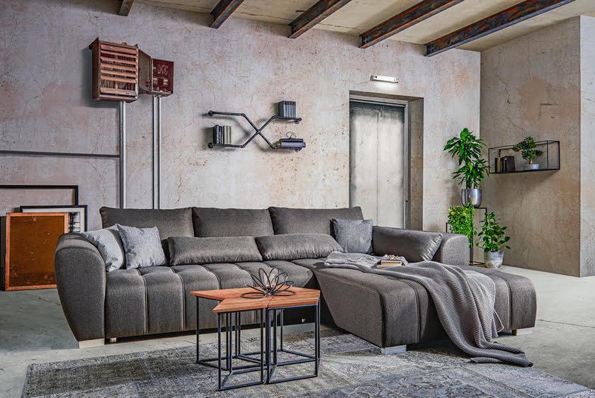 Kavna mizica in kavč