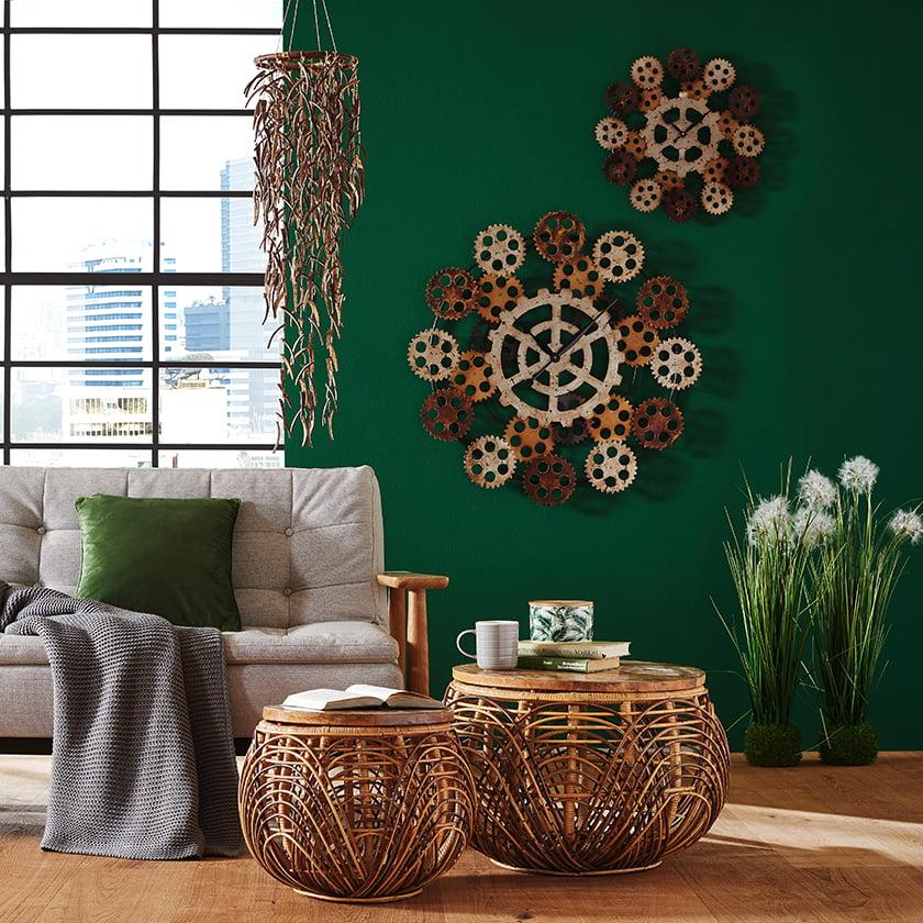 klubska mizica ratan dekor ura kovina marmor industrijski slog vintage