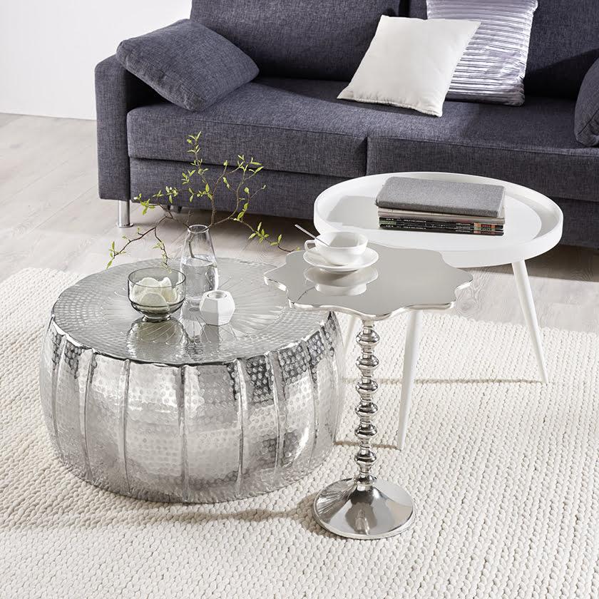 klubske mize kovina tabure dnevna soba dekor