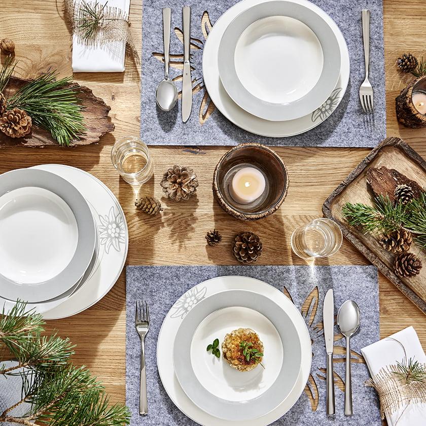 kuhinjski pripomočki pogrinjek jedilni pribor dekor