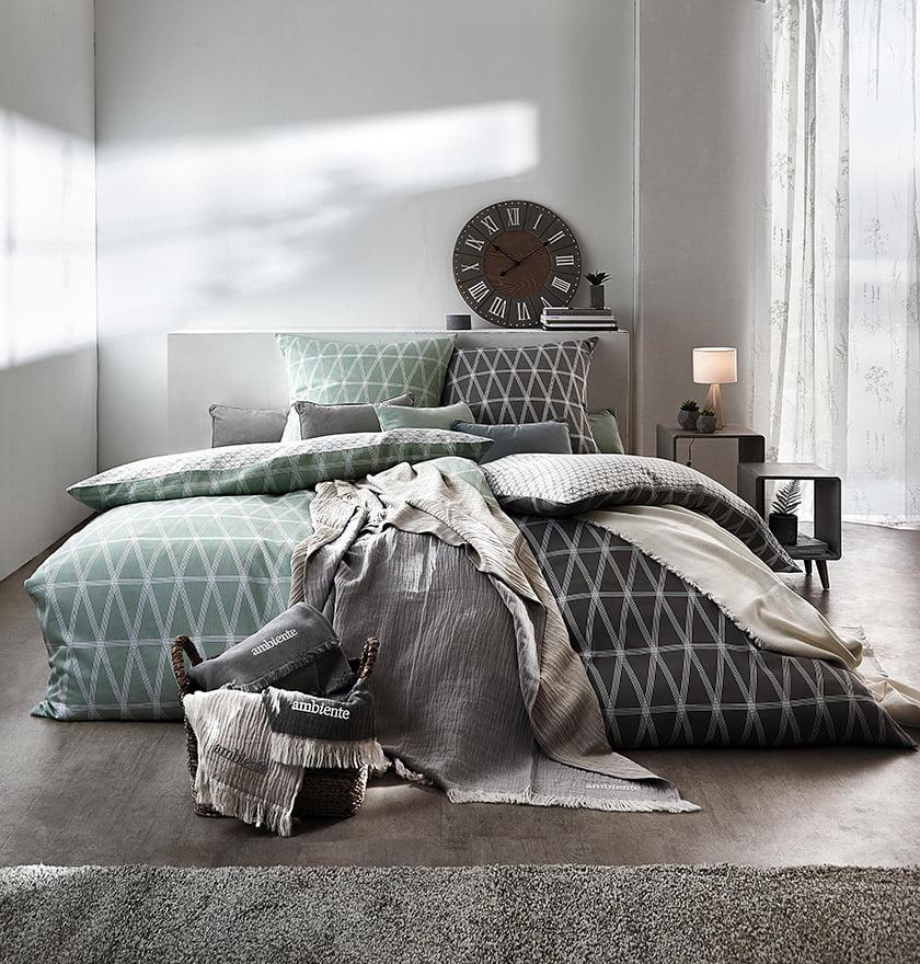 posteljnina pregrinjala dekor vzglavniki odeje