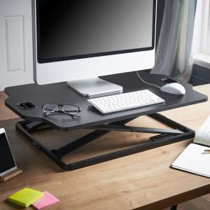 VonHaus Sit&Stand podstavek črn - Spremenite način svojega dela z ergonomsko zasnovano delovno mizo za delo stoje ali sede znamke VonHaus.