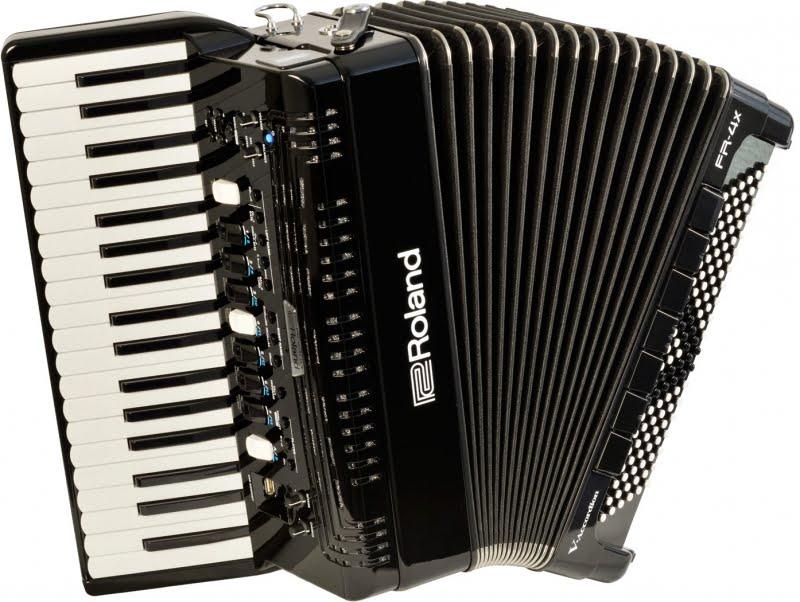 ROLAND digitalna harmonika FR 4