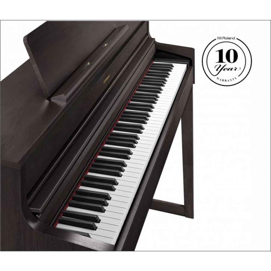 Roland HP 704 električni klavir