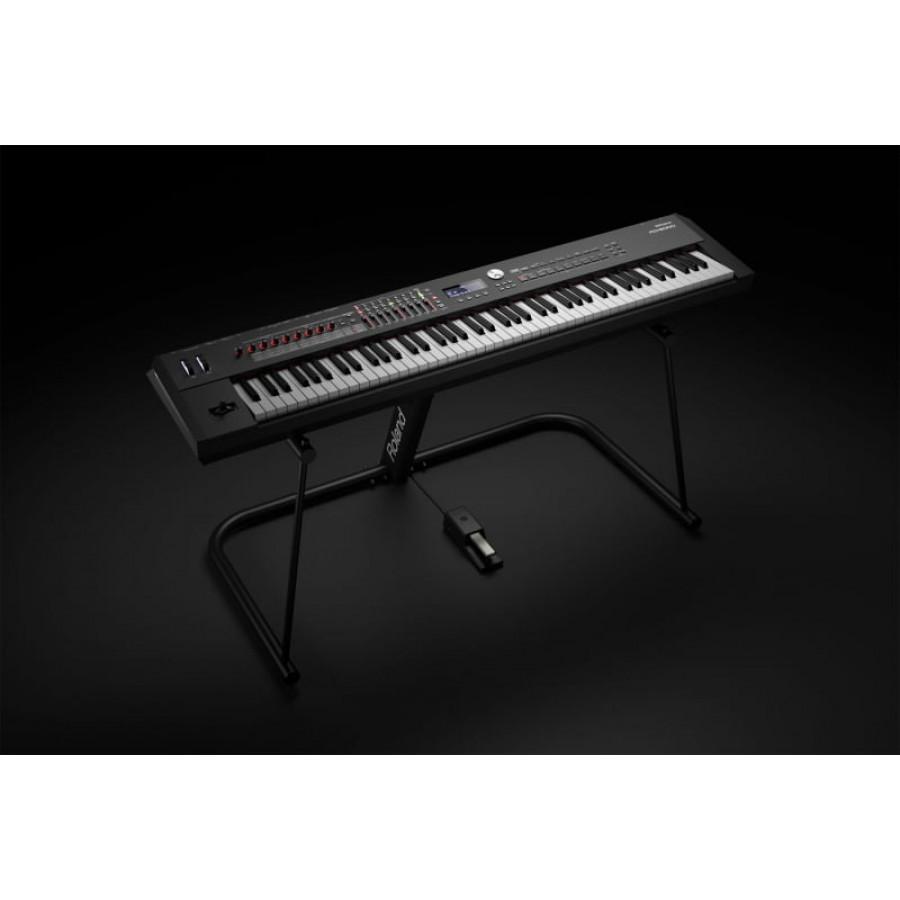 ROLAND RD 2000 - električni klavir - NOVO!