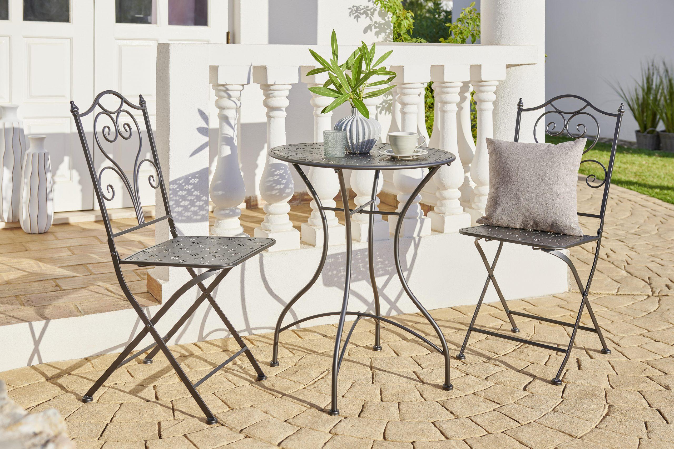 Kovinsko vrtno pohištvo - Prednosti kovinskega vrtnega pohištva