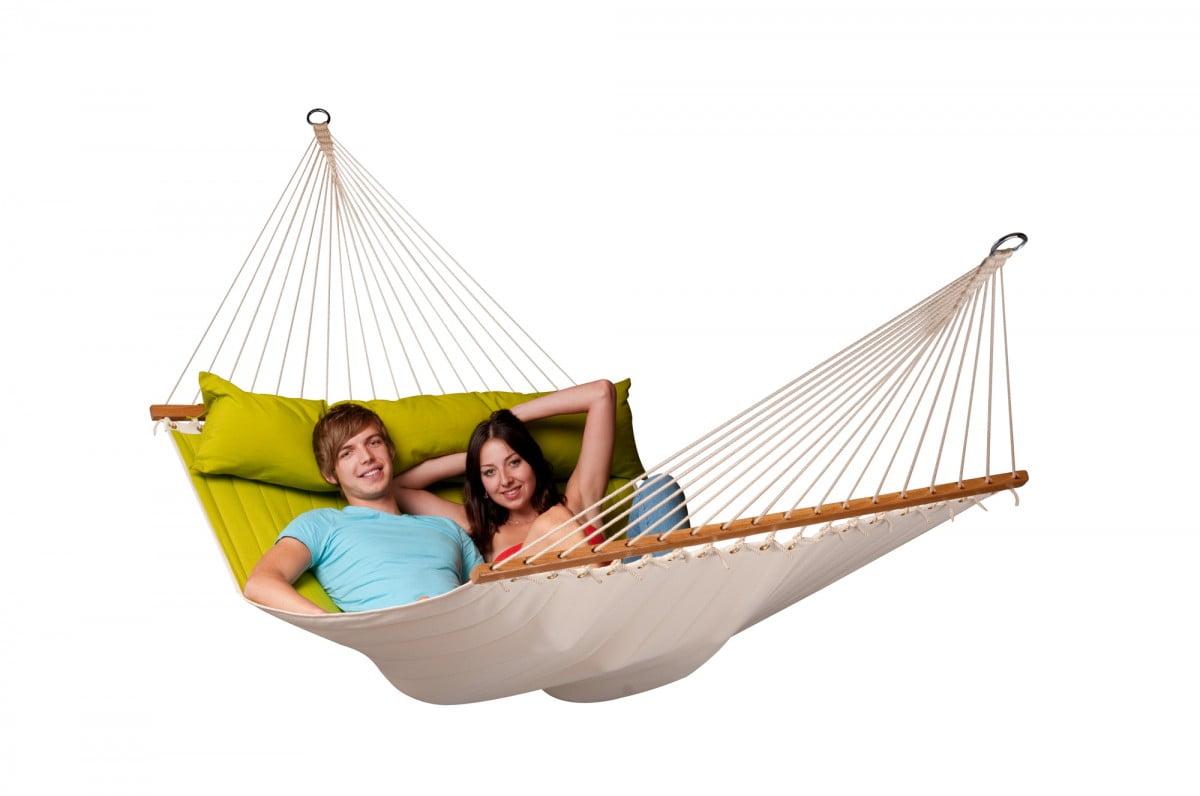Kraljevska viseča mreža ALABAMA je dostopna v štirih barvah. Veliko število vrvi in