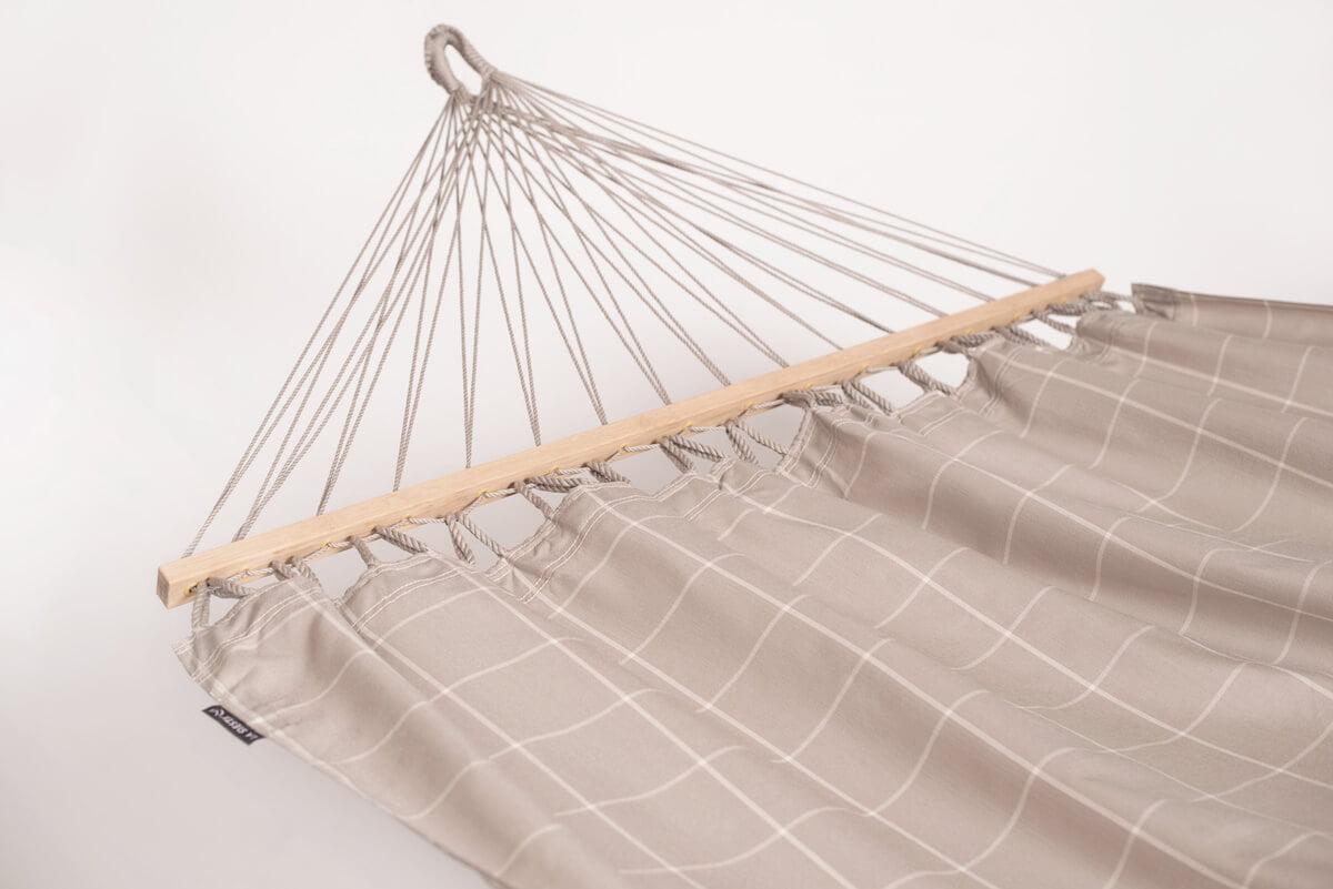 Dvojna zunanja viseča mreža z robnimi palicami ALISIO Almond