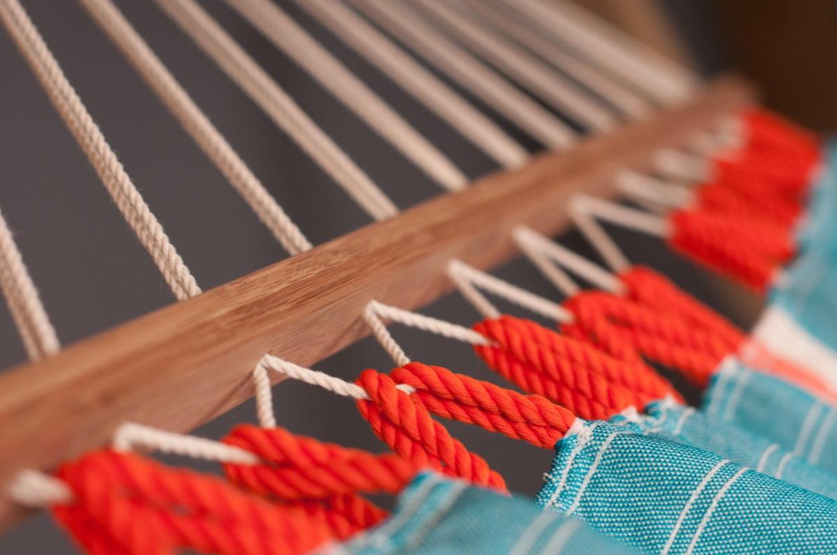 Zunanja viseča mreža z robnimi palicami FRUTA Curacao