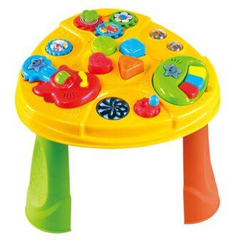 Playgo aktivna miza z glasbili stimulirata otrokov razvoj koordinacije med očmi in rokami. Žive pisane barve pa pritegnejo otrokovo pozornost. Za delovanje sta potrebni 2 AA bateriji (niso priloženi).